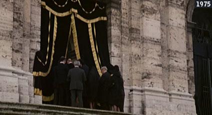 """Nella chiesa di San Gregorio Magno al Celio Fantozzi partecipa al funerale della madre del mega direttore naturale Conte Lamberti """"immaturamente scomparsa all'età di 126 anni!!!""""  (www.davinotti.com)"""