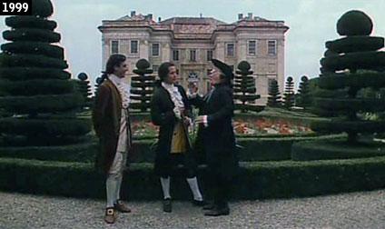 """Il castello di Guarene fa da sfondo ad una scena del film """"Ferdinando e Carolina"""" (www.davinotti.com)"""