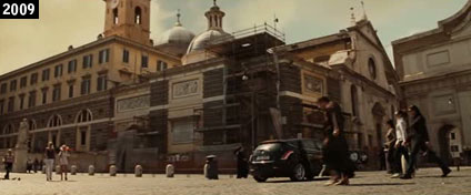 """La basilica di Santa Maria del Popolo come la vede Tom Hanks in """"Angeli e Demoni""""…. cioè ribaltata rispetto a come la si vedrebbe normalmente (www.davinotti.com)"""