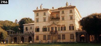Villa Parisi di Frascati come appare ne La lama nel corpo (1966), uno dei primi film girata nella dimora di Monte Porzio Catone (www.davinotti.com)